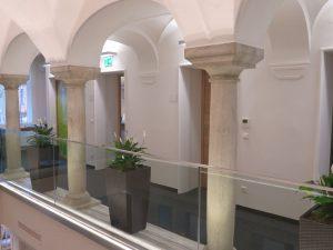 Fassadengestaltung und Innenraumbeschichtung (Kärntner Sparkasse)